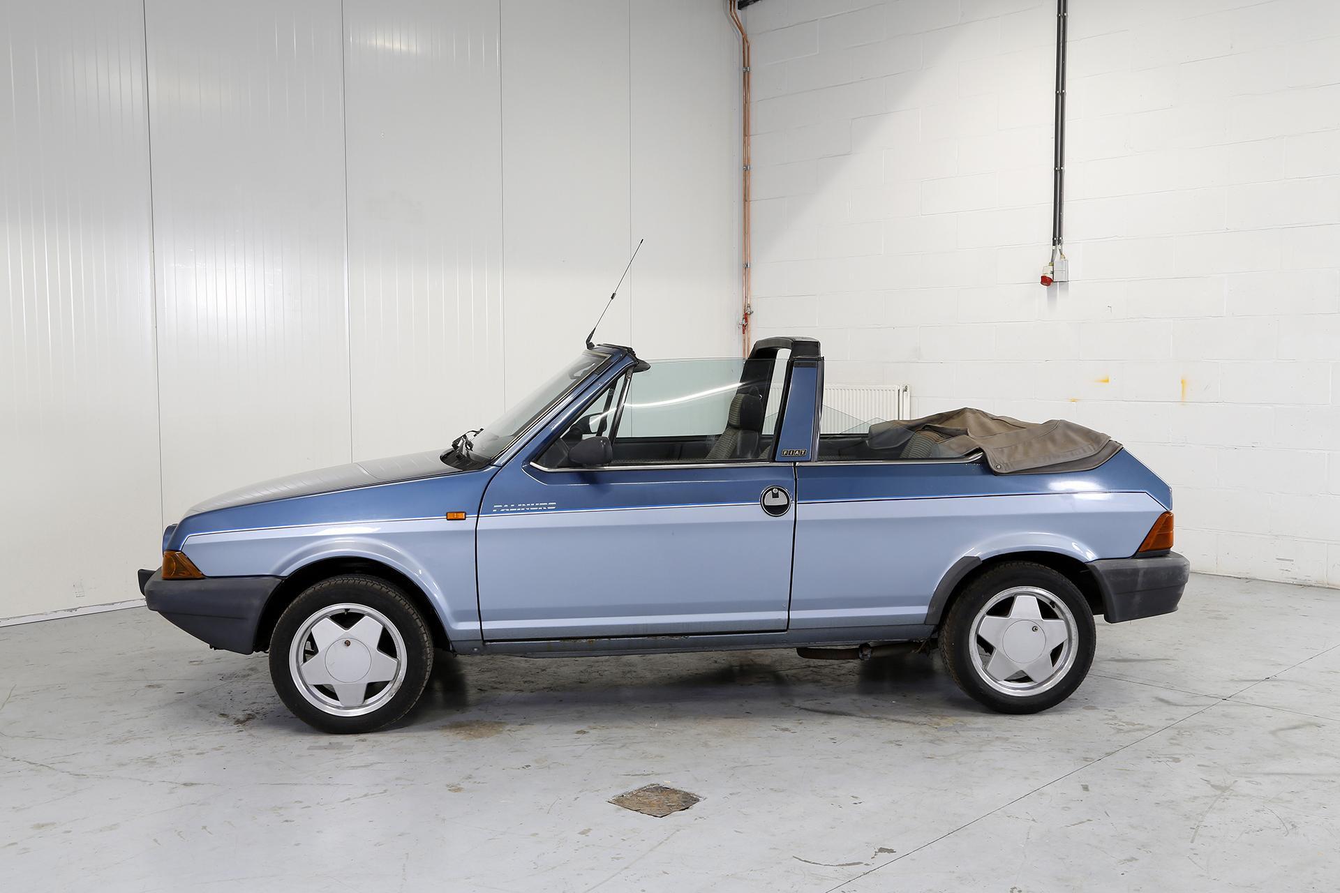 Fiat Ritmo 85 S cabrio blue