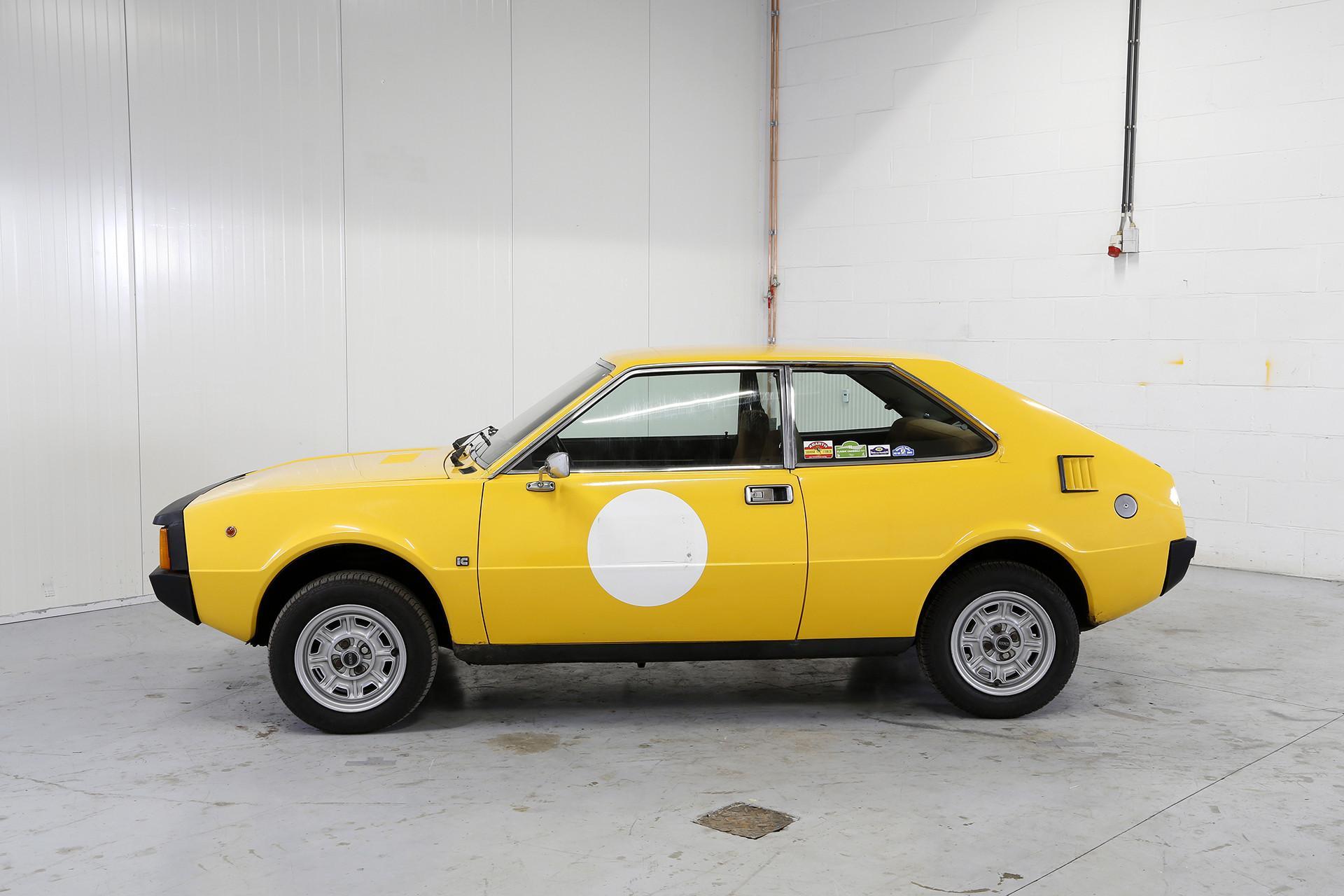 Seat 1430 Sport Yellow