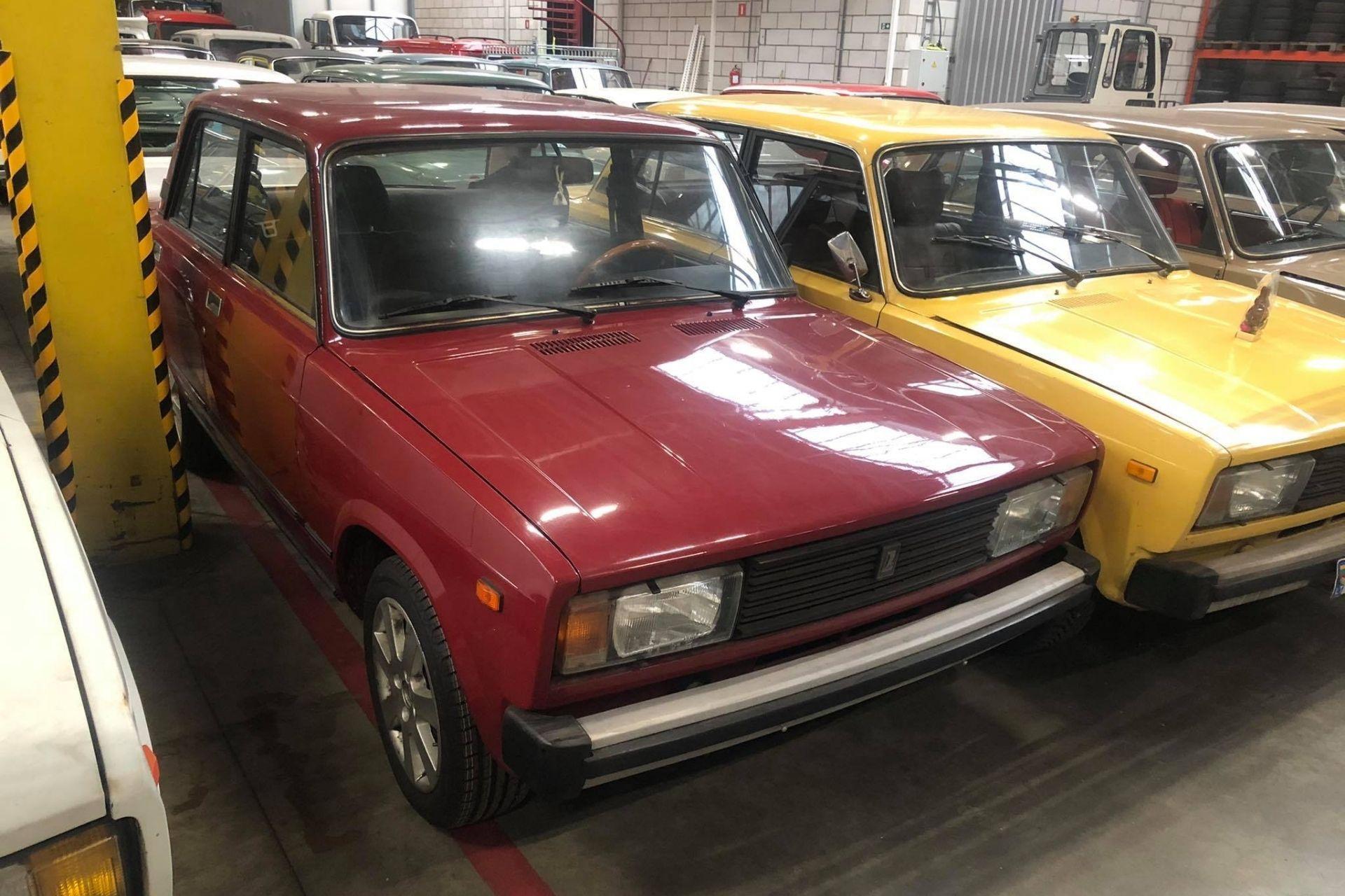 Lada 2105-1200 Red